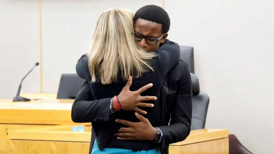 Brandt+Jean+hugs+Amber+Guyger+in+a+moment+of+forgiveness+at+the+trial++that+determined+her+consequences.+
